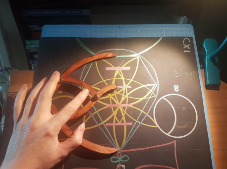 sacred geometry drawing with golden ratio 28